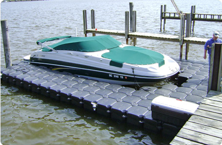 U shaped floating walkway by JetDock