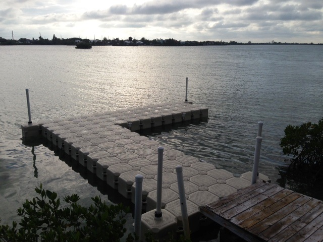 L shaped floating walkway by JetDock