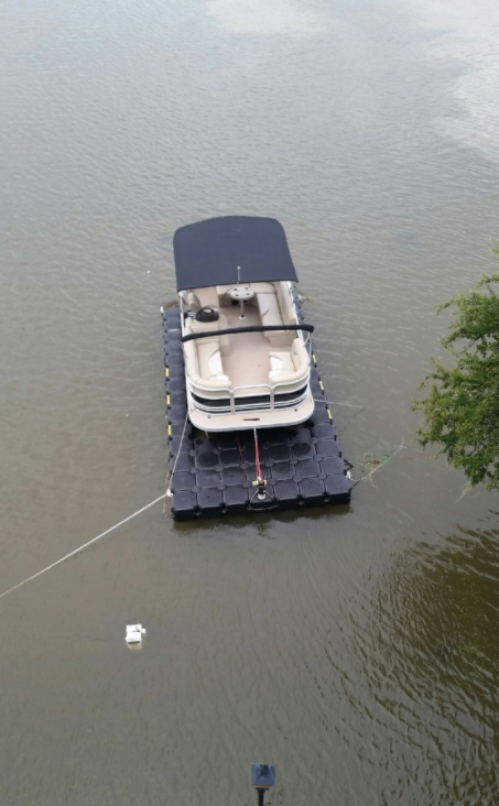 Hurricane Harvey Jet Dock boat lift